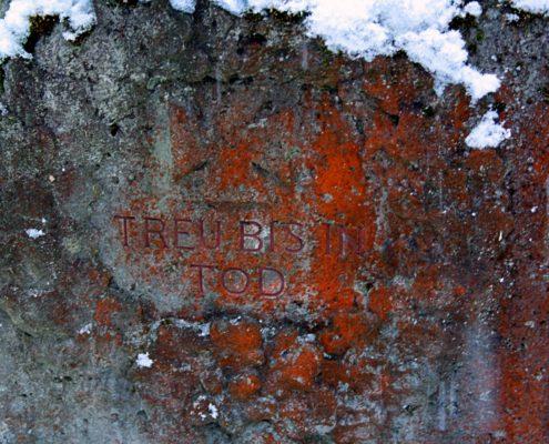 Grabinschrift Waldfriedhof